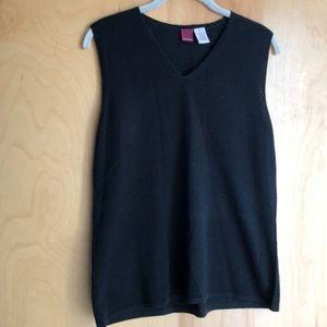 Merona black v-neck sleeveless sweater size XL